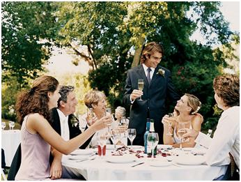 как познакомить гостей за столом на юбилее иначе