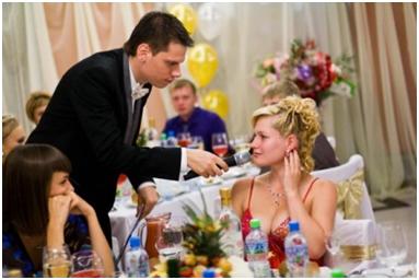 застольные игры на знакомство гостей за столом